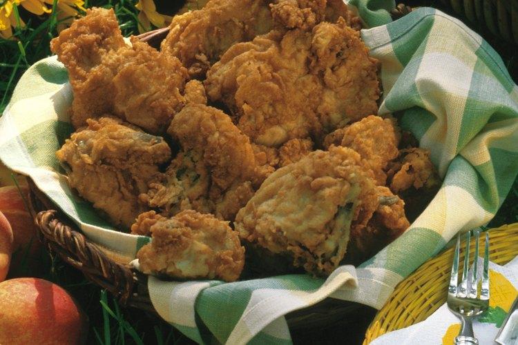 El pollo frito fue introducido en los Estados Unidos por los esclavos africanos.