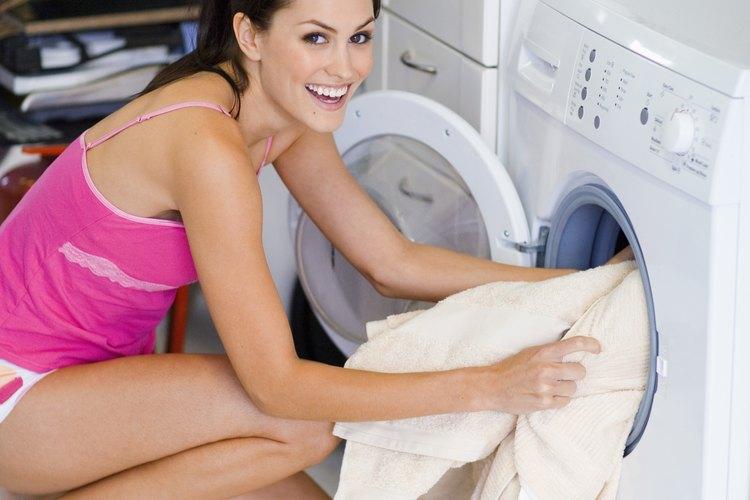Con unos trucos de lavado puedes quitar esas manchas antiestéticas.