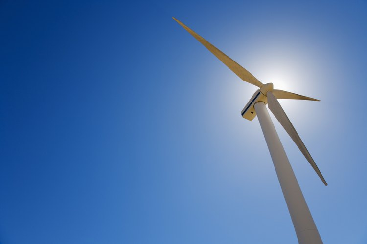 Haz que los estudiantes construyan sus propias turbinas de viento.
