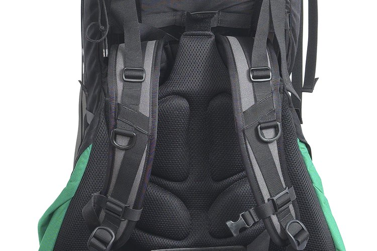 Empacar de manera cuidadosa es la clave para un viaje exitoso de mochilero.