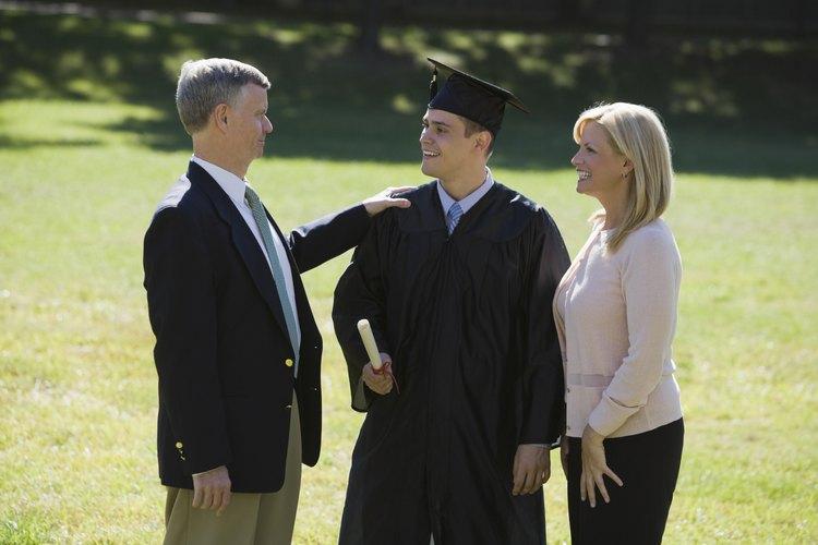 La graduación es un momento de reflexión y entusiasmo debido a las posibilidades ilimitadas que los jóvenes tienen frente a sus ojos.