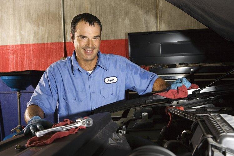 Cuando falla la válvula IAC, el motor puede apagarse o pistonear erráticamente.
