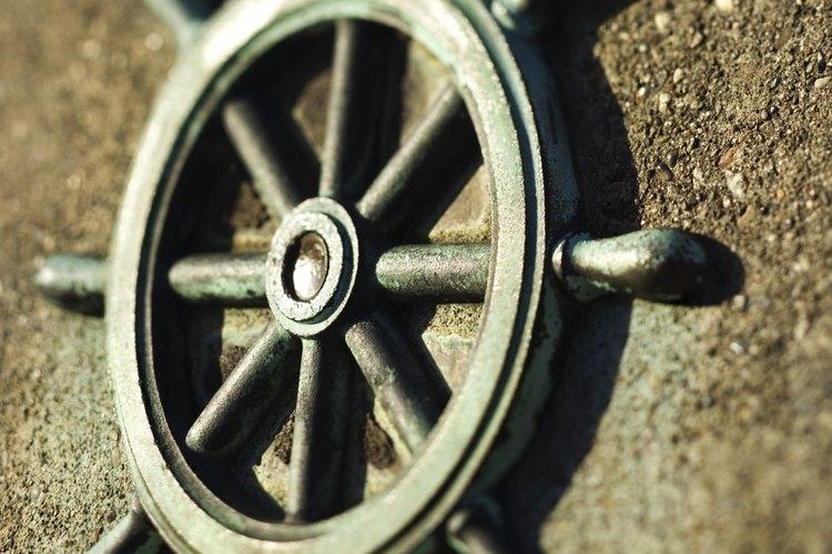 Los timones se utilizan en la decoración de casas y barcos.