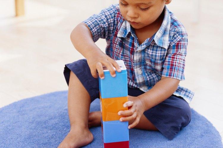 Consulta con el pediatra si sospechas un retraso en el desarrollo de tu hijo.