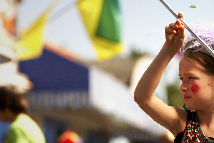 El bastoneo es una gran actividad para las niñas.