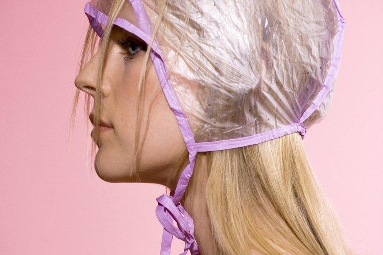 Sigue las instrucciones antes de aplicar la tintura a tu cabello.
