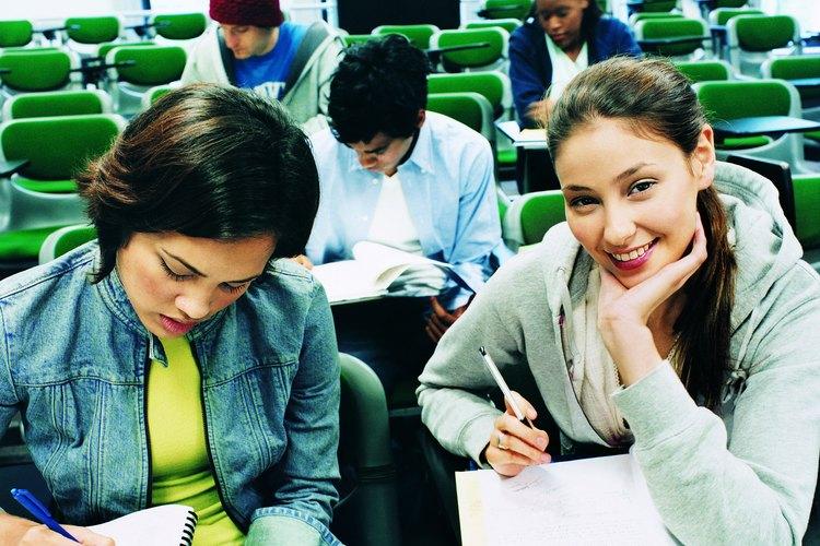 Habla con los estudiantes acerca de una situación traumática, como un accidente.