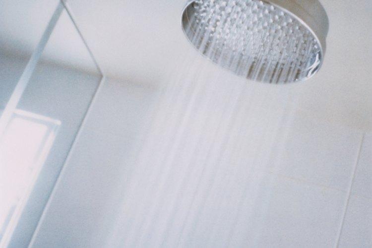 Previene el daño del agua de la condensación cuando es utilizada para techos de azulejos en o cerca de las cabinas de ducha.
