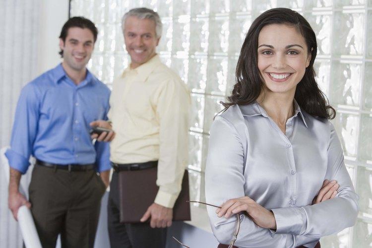 Los modelos de liderazgo modernos enfatizan el respeto por los compañeros de trabajo, incluyendo los subordinados.