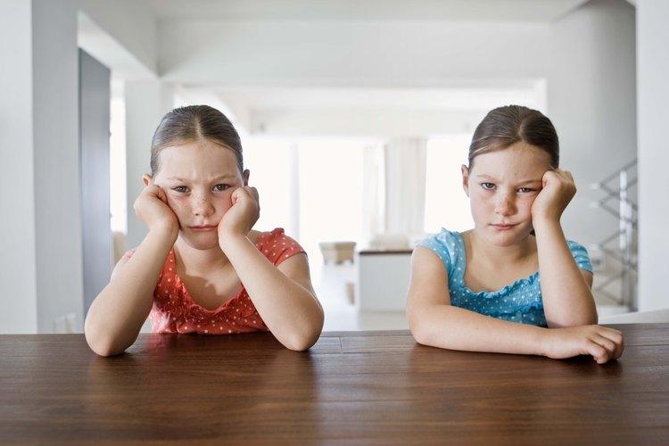Evita el aburrimiento teniendo una selección de actividades para tu hijo.