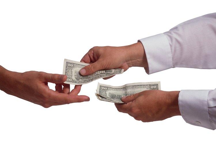 Los pagos raramente se hacen a mes vencido.