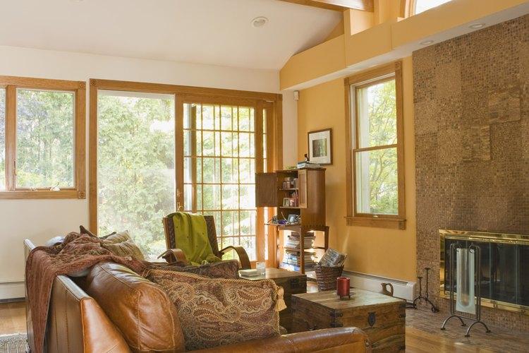 Las alfombras pueden calentar los pisos, absorber ecos y ser un lindo adorno para la habitación.