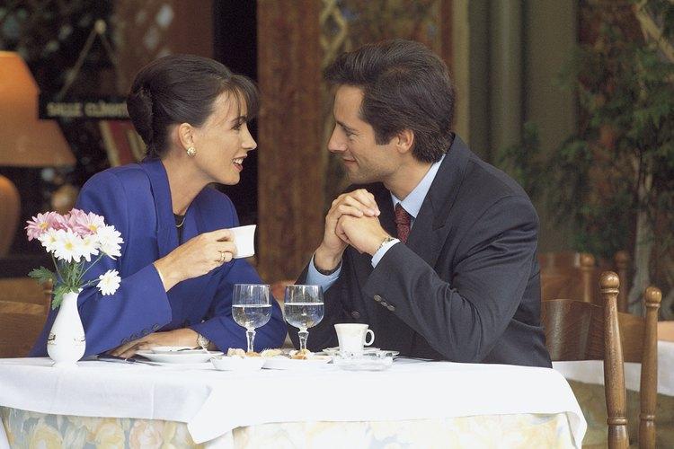 Hay consejos para recuperar la chispa de tu relación que se acomodan a cualquier presupuesto,