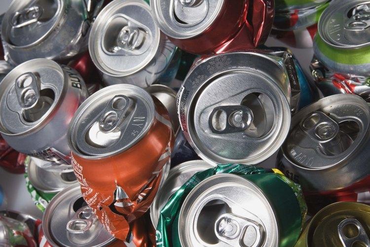 El reciclaje es una manera ingeniosa para ayudar al medio ambiente, y se puede convertir en una actividad especial para ti y tu hijo.