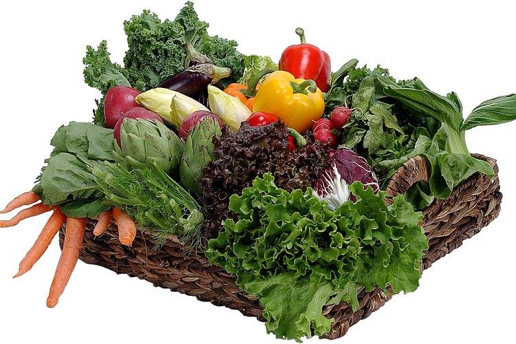 Las dietas de pérdida de peso deberían incluir frutas y verduras frescas.