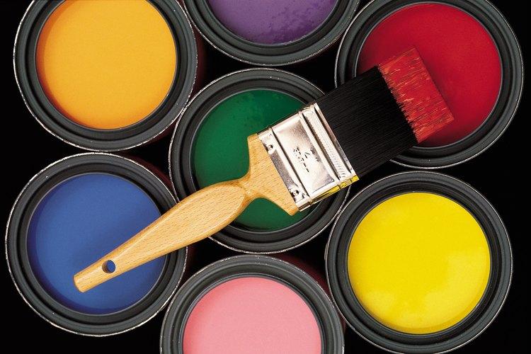Selecciona colores de pintura simples.