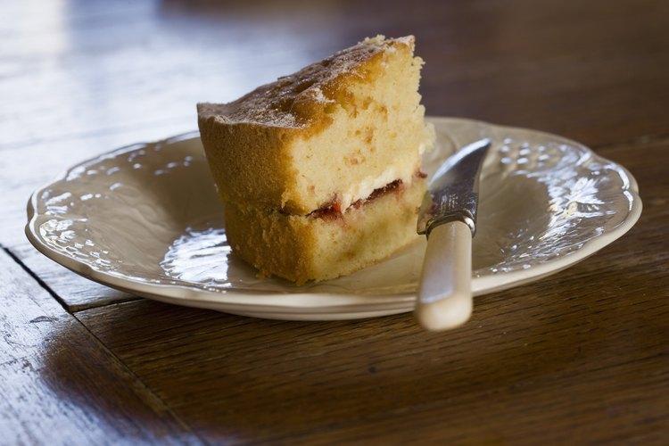 No sacrifiques el sabor cuando sustituyas el aceite vegetal en las mezclas para pastel.