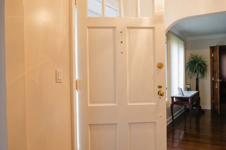 Las puertas corredizas no ocupan superficie útil de la manera que las puertas regulares lo hacen.