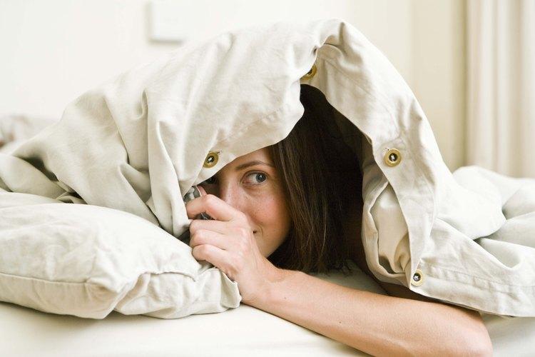 Es posible que no te sientas cómodo en la cama si sabes qué duerme contigo.