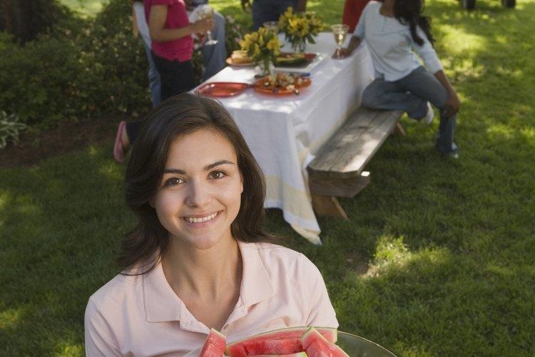 La ropa para picnic es cómoda para que puedas concentrarte en la diversión del verano.
