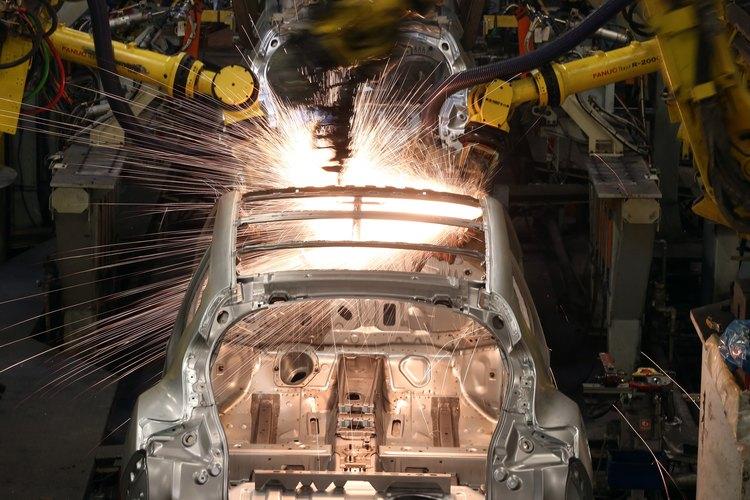 La soldadura de resistencia es la más utilizada en la industria automotriz.