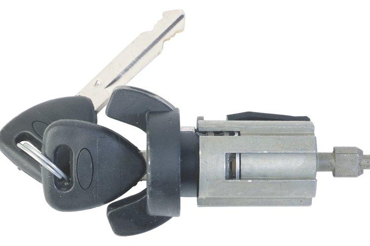 Un interruptor de ignición de un automóvil es un ejemplo de un componente electrónico pasivo.