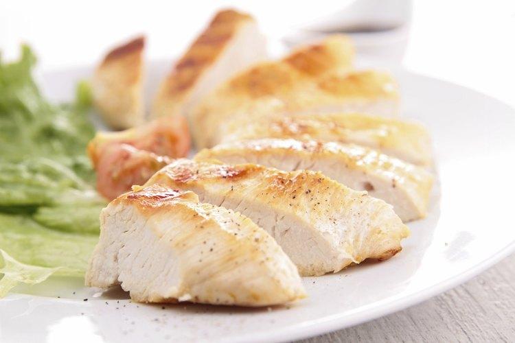 Asegúrate de que estés consumiendo cantidades adecuadas de proteína.
