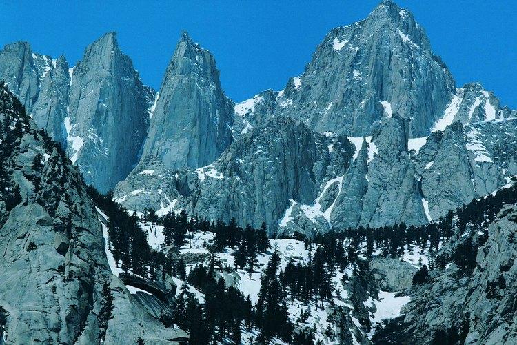 Mount Whitney es la corona de la Sierra.