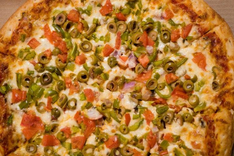 Recalienta los restos de pizza para tener un aperitivo o una comida rápida.
