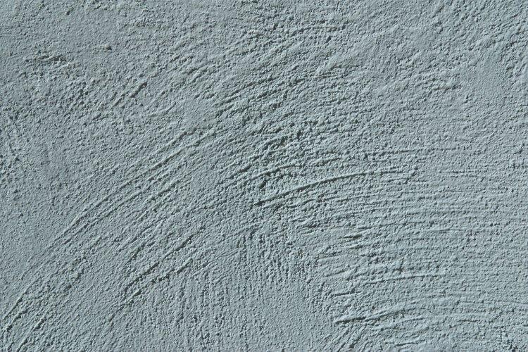 El hormigón o concreto es el material resultante de la mezcla de cemento (u otro conglomerante) con áridos (grava, gravilla y arena) y agua.