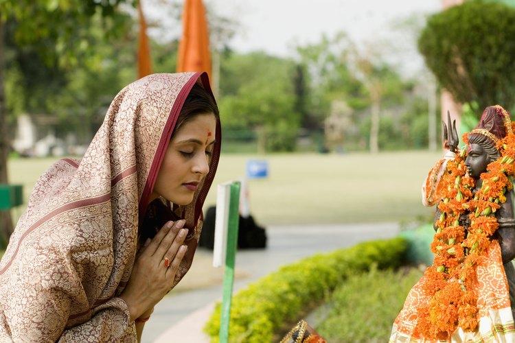 El hinduismo es la religión predominante en India y Nepal.