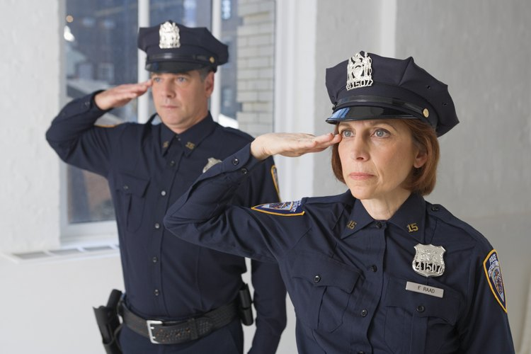 ¿Qué se necesita para ser un buen oficial de policía?
