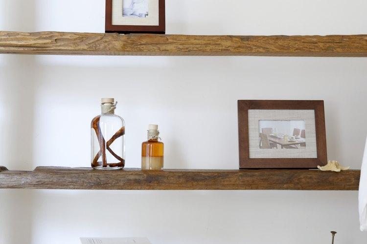 La madera natural es considerada neutral.