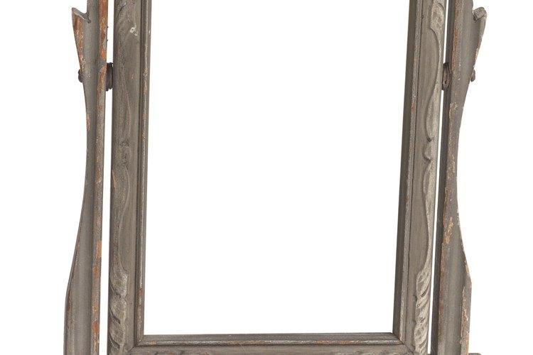 Algunos espejos pueden ser lindos, pero las paredes con espejos enteros no son ideales para todos los fines.
