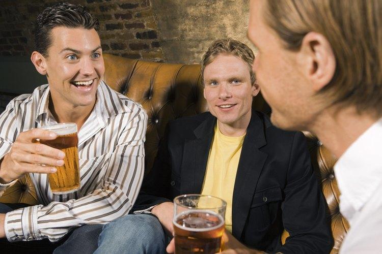 Tu bar en casa puede ser el centro de la vida social con tus amigos.