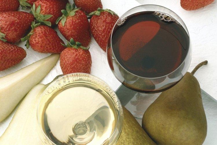 Las fresas agregan un dulzor afrutado al vino.