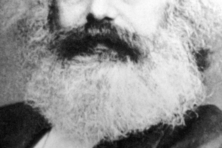 Karl Marx, 1818-1883, estudió literatura y filosofía.