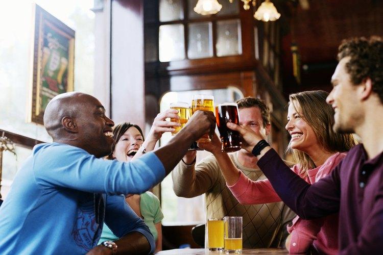 La adicción a las drogas, al alcohol y al juego causan estrés.