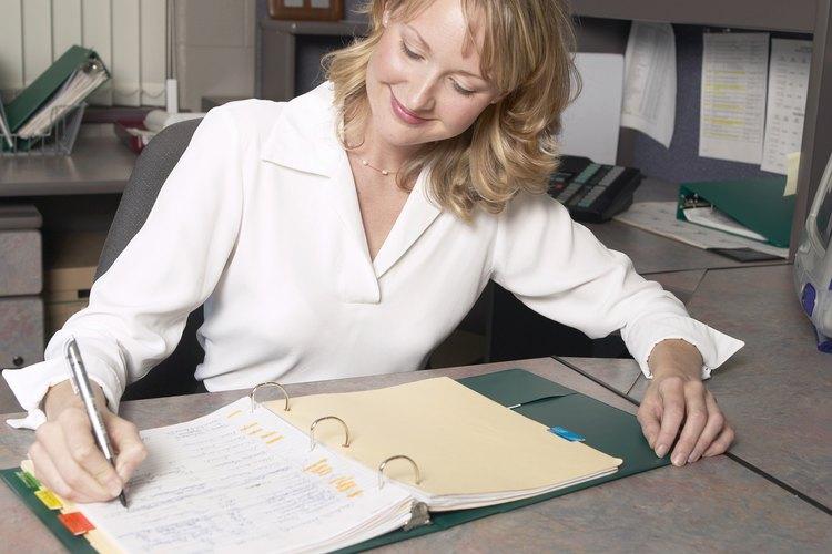 Los auxiliares administrativos son más productivos con metas y objetivos.