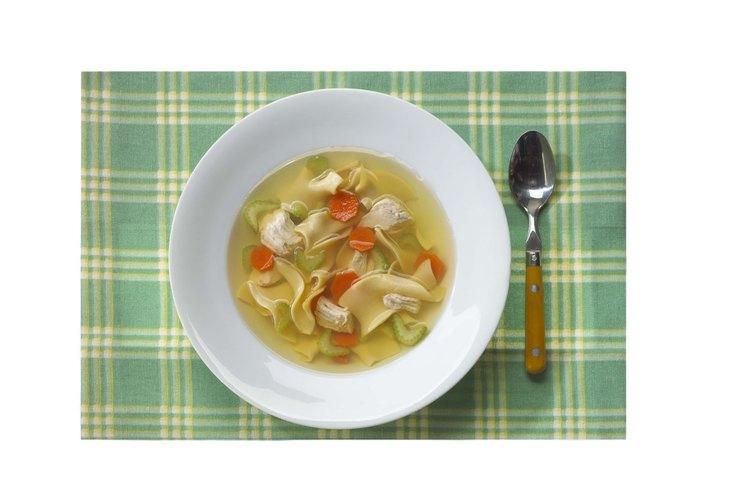 Repara el sabor de la sopa que se quemó.