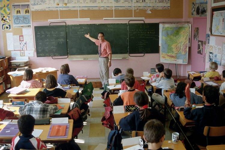 Presionar demasiado a tu hijo en la escuela puede tener repercusiones.