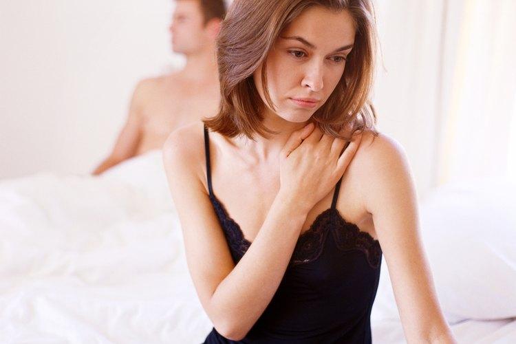 Una clara indicación de que tu ex te ha superado es si ha empezado a salir con otras personas.