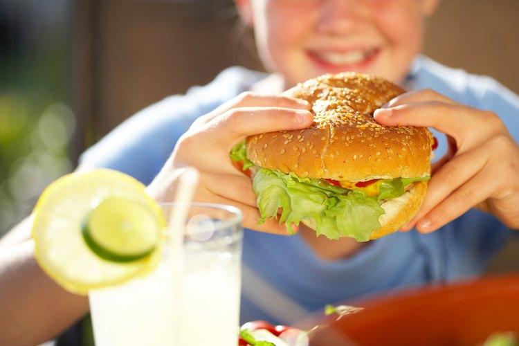 Las hamburguesas pueden ser hechas en el horno.