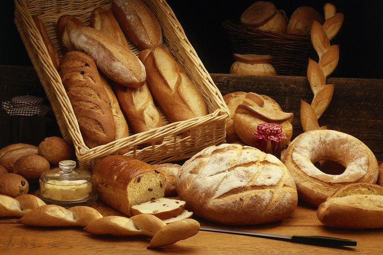 El pan se hace con levadura fermentada.
