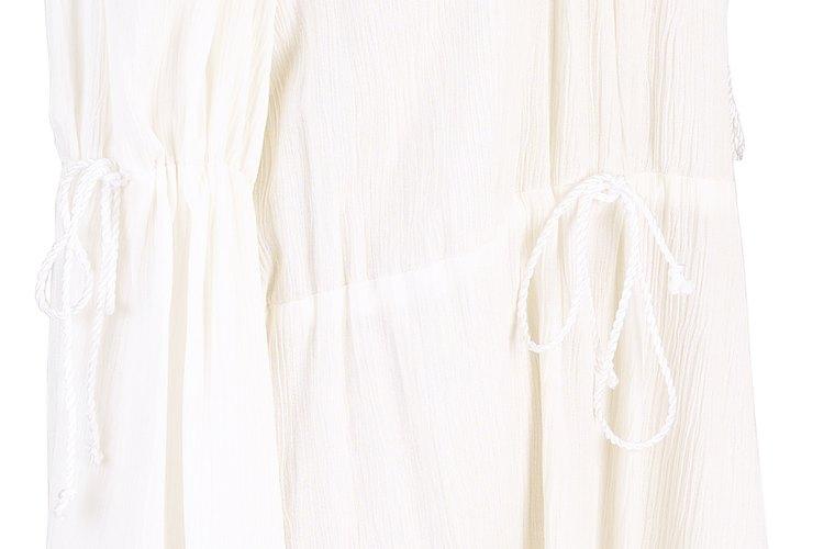 Una túnica sencilla utilizada por una mujer durante el período medieval.