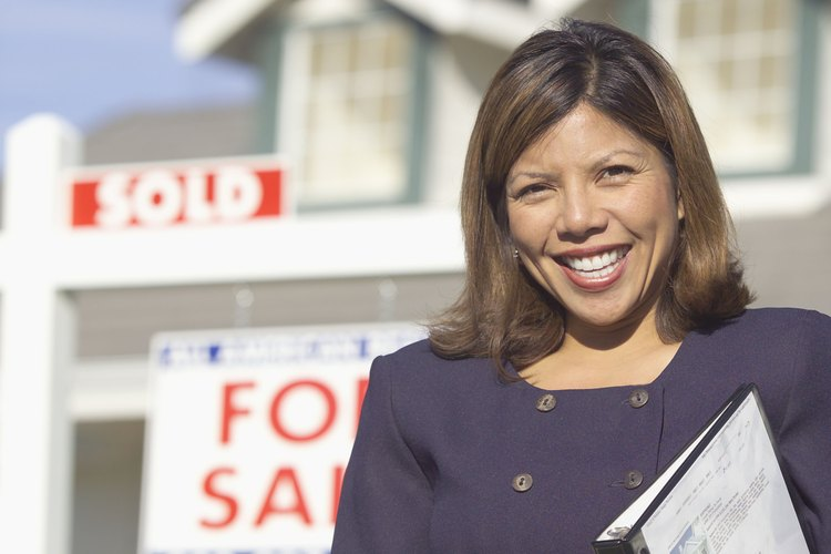 La ley de bienes raíces es una ley de carácter civil estatal.