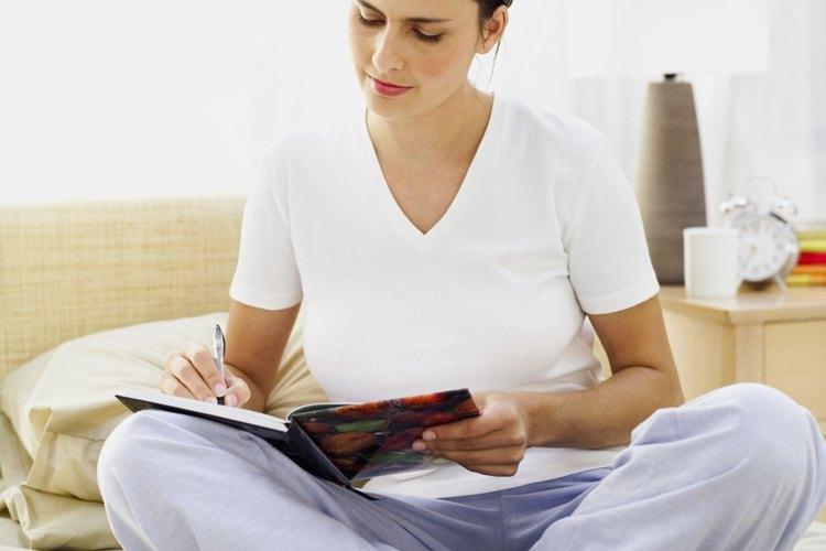 Escribir un diario es una actividad relajante.