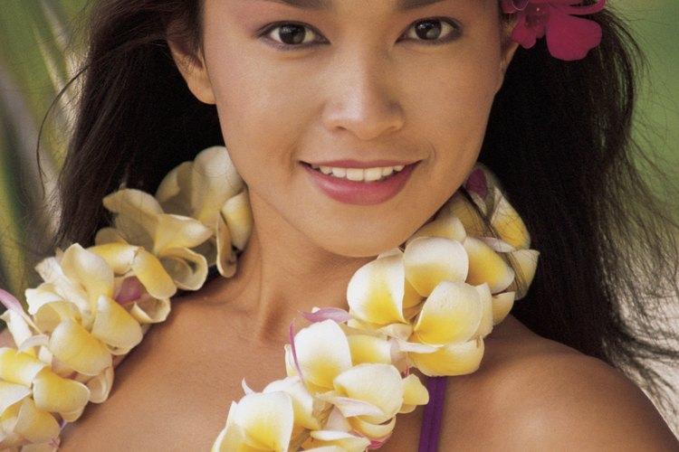 La diversidad cultural de las islas influyen las costumbres hawaianas.