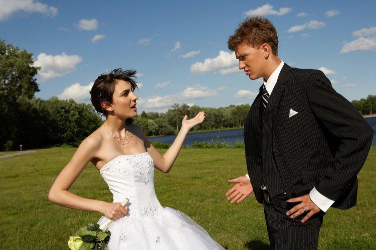 Estar casado con una mujer emocionalmente inmadura es estresante en una relación.