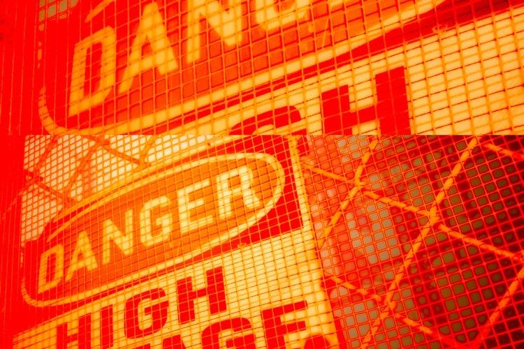 OSHA requiere señales de alto voltaje.